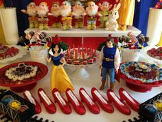 Make my Day kids - Snow White Party- prinsessenfeest Disney Princess Party, Princess Birthday, Kids Party Decorations, Party Ideas, Snow Party, Snow White Birthday, Party Rock, Birthday Parties, 4th Birthday