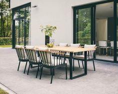 Modern Outdoor Dining Sets, Modern Dining Table, Outdoor Rooms, Outdoor Living, Outdoor Decor, Plywood Furniture, Painted Garden Furniture, Bar Design, Design Studio
