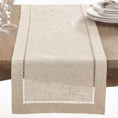 Natural Hemstitched Linen Blend Table Runner x Tan, Saro Lifestyle Set a welcoming table with the Saro Lifestyle Toscana Table Runner. Clean and contemporary, the handy cotton-linen blend table runner lessens your cleanup duty while lending a touch of ele Dining Decor, Decoration Table, Kitchen Dining, Kitchen Placemats, Dining Room, Dining Table, Burlap Table Runners, Table Linens, How To Introduce Yourself