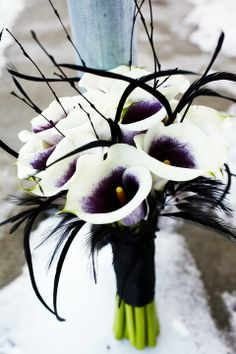 I like the black aspects of this bouquet.