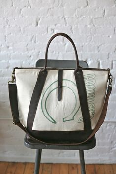 1940s era Feedsack Weekend Bag from Forestbound Bag Company, Boston (forestbound.com)