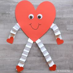 Valentine's Day Heart Craft for Kids - The Resourceful Mama Valentine's Day Crafts For Kids, Valentine Crafts For Kids, Daycare Crafts, Valentines Day Activities, Valentines Day Hearts, Valentine Decorations, Preschool Crafts, Holiday Crafts, Spring Crafts