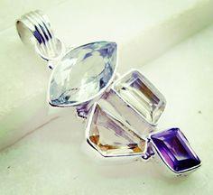 #likeit #inspiration #roadtrip #수원 #quantico #bridesmaidgift #initialcharm #pendant #silver #gemstone #semiprecious #color #multi #handmade #gems #jewelry #riyo #dinner #shorts #jaipur