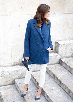 Veste marine (Octave de Sézane), chemise bleu, jean slim