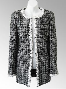 Chanel Outfit, Chanel Jacket, Boucle Jacket, Tweed Jacket, Vest Jacket, Mode Chanel, Chanel 2017, Coco Chanel Fashion, Blazers