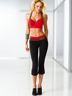 On my Christmas wish list! Gotta keep healthy, why not do it in style? VSX Sport NEW! Showtime by Victoria's Secret Sport Bra #VictoriasSecret http://www.victoriassecret.com/victorias-secret-sport/styles-that-shine/showtime-by-victorias-secret-sport-bra-vsx-sport?ProductID=83977=OLS?cm_mmc=pinterest-_-product-_-x-_-x