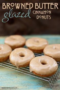 I love donuts! Browned Butter Glazed Cinnamon Donuts from Campbell Köstliche Desserts, Delicious Desserts, Dessert Recipes, Yummy Food, Cupcakes, Baked Donuts, Doughnuts, Donut Bun, Cinnamon Donuts