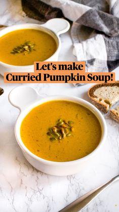 Puree Soup Recipes, Fall Soup Recipes, Healthy Pumpkin Soup, Pumpkin Curry Soup, Carrot Soup, Dairy Free Recipes, Vegetarian Recipes, Vegan Soups, Whole Food Recipes