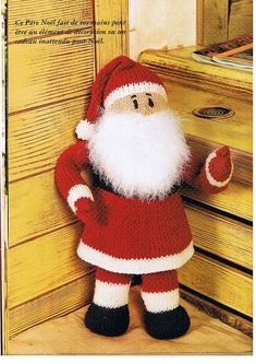 Pères Noël… 12 patrons pour le tricot ou le crochet – 3 petites mailles