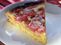 Raparperi-murupiiras Rhubarb Pie, Sweet Pie, Hawaiian Pizza, Just Desserts, Waffles, French Toast, Cheesecake, Food And Drink, Sweets