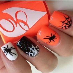 halloween spooky nail art designs | spider | web | black and white | orange | glitter | sparkle