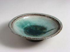 Stoneware bowl made by Marguerite Wildehnain at Pond Farm