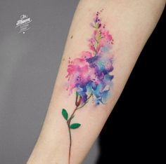 41 Watercolor Tattoos That Are a Work of Art - diy tattoo images Diy Tattoo, Tattoo On, Body Art Tattoos, Sleeve Tattoos, Tattoo Quotes, Floral Tattoo Design, Flower Tattoo Designs, Tattoo Designs For Women, Flower Tattoo Meanings