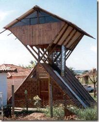 Risultati immagini per telhados bambu