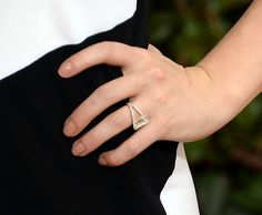 Pin for Later: These Gorgeous Award Show Manicures Hit a High Note Hayden Panettiere Hayden Panettiere opted for a warm peach manicure at the Golden Globes.