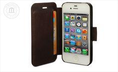 Skórzany pokrowiec idealnie dopasowany do iPhone 4/4S. Zawiera 2 kieszonki na karty kredytowe