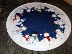 "Lazy Susan, ""Snowmen Gathering."""