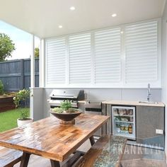 Covering your outdoor kitchen brings indoor comforts outdoors. Find inspiration … Covering your outdoor kitchen brings indoor comforts outdoors. Find inspiration for outdoor kitchen roof ideas and some important things to 54 Outdoor Kitchen ideas Small Outdoor Areas, Outdoor Rooms, Outdoor Living, Outdoor Bbq Kitchen, Outdoor Kitchen Design, Small Outdoor Kitchens, Outdoor Grilling, Outdoor Shutters, Outdoor Blinds