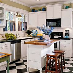 simply vintageous...by Suzan: Checker Board Kitchen Floors