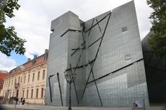 My Problem With the Jewish Museum in Berlin Classical Architecture, Amazing Architecture, Jewish Museum Berlin, Multi Story Building, Louvre, World, Modern, Daniel Libeskind, Google