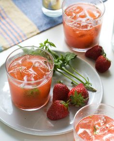 Strawberry Basil Gin and Tonic