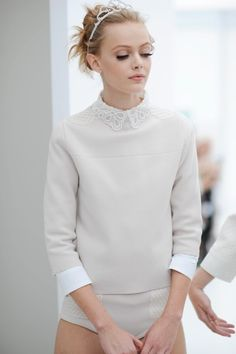 LV 2012    love the makeup and hair and everything for this show its my fav    Frida<3