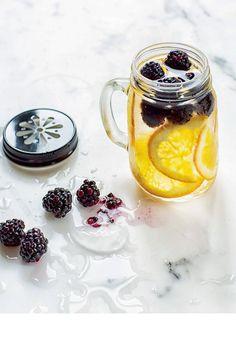 Orange + Mûre Detox Detox water