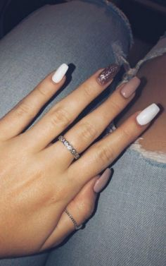 - Rosé gold gel nails long pink white rose gold sparkle – Nail Art Ideas – … – # for - Gold Sparkle Nails, Gold Gel Nails, Summer Acrylic Nails, Best Acrylic Nails, Acrylic Nail Designs, Summer Nails, Coffin Nails, Nails Rose, Winter Nails