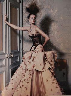 Dior Couture 2011 | photographer: Patrick Demarchelier
