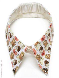 I Think Im In Love - Detachable Collar