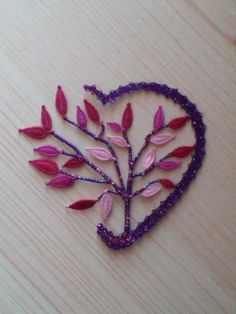 Broche  Coeur en Dentelle - lovely wish I could perfect my leaves