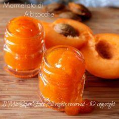 Marmellata di albicocche fatta in casa senza conservanti
