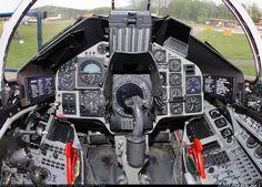 SAAB Viggen cockpit