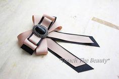 DIY Bead Ribbon Bow Brooch Tutorial - Video - How to make a bow with ribbon - Diy Bow, Diy Ribbon, Ribbon Crafts, Ribbon Bows, Ribbons, Ribbon Flower, Ribbon Hair, Hair Bows, Diy Jewelry