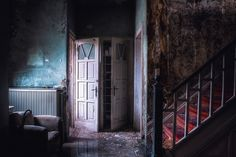 A photo gallery of derelict locations