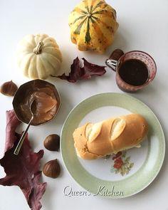 """""""Non è adesso estate,  e non ritornano i giorni indifferenti del passato. La primavera errata si è nascosta nelle pieghe del tempo stropicciato. E' tutto quello che ho, un frutto solo, al caldo dell'autunno maturato."""" José Saramago  #buongiorno si vede che amo l'autunno?! 🎃☕️🍁🍂🌰 {http://www.queenskitchen.it/pumpkin-cheesecake} #queensbreakfast"""