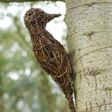 Woodpecker willow sculpture - The sculptures are made using British willo.
