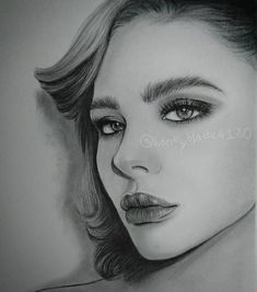Chloë Grace Moretz. Pencil Portrait Drawings of Celebrities and Non. By YU.