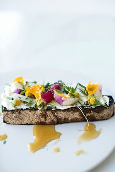 ILĀ | Recipe + Wildflower Honey   Wildflower Honey Toast with goats cheese, radish, chives + edible market flowers