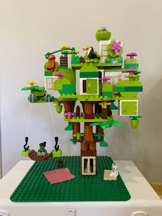 Lego For Kids, Diy For Kids, Crafts For Kids, Lego Activities, Rainy Day Activities, Lego Tree House, Lego Duplo Train, Lego Challenge, Lego Boards
