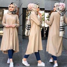 Modest Fashion Hijab, Modern Hijab Fashion, Street Hijab Fashion, Muslim Women Fashion, Hijab Fashion Inspiration, Islamic Fashion, Mode Inspiration, Hijab Chic, Look 2018