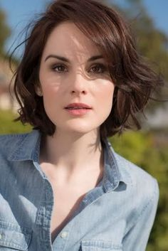 23 short wavy bob hairstyles - Hairstyles For All Wavy Bob Hairstyles, Short Hairstyles For Women, Hairstyles 2018, Short Wavy Haircuts, Trendy Hairstyles, Female Hairstyles, Gorgeous Hairstyles, Celebrity Hairstyles, Celebrity Bobs