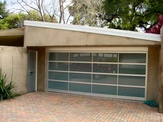 about Glass Garage Doors and Bryce Parker Company - http://www.glassgaragedoors.com/showcase29.htm