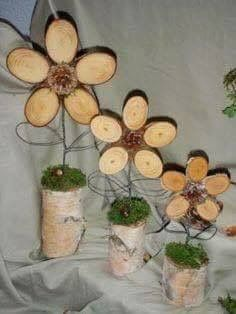 """I offer a great house garden decoration wooden flowers """"TRIO"""" made of wood, mett . - Claudia I offer a great house garden decoration wooden flowers """"TRIO"""" made of wood, mett … – # Wood Log Crafts, Wood Slice Crafts, Wooden Projects, Tree Slices, Wood Slices, Deco Nature, Wooden Flowers, Deco Floral, Wood Creations"""