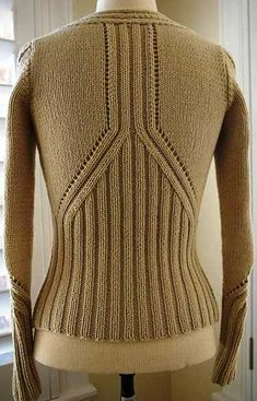 Абрикосовый жакет спицами - спина      ♪ ♪ ... #inspiration #crochet  #knit #diy GB  http://www.pinterest.com/gigibrazil/boards/