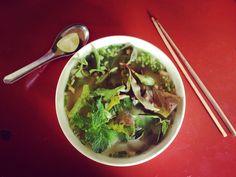 Phõ Chay for breakfast 🍜👅 Pho, Vietnam, Soup, Vegetarian, Breakfast, Ethnic Recipes, Travel, Morning Coffee, Viajes