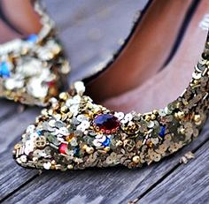 12 DIY Ideas for a Shoe Makeover | Lil Blue Boo