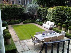 Small garden in the city, Louise del Balzo Garden Design Back Gardens, Small Gardens, Outdoor Gardens, Small Garden Design, Patio Design, Courtyard Design, Bed Design, Ideas Terraza, Design Jardin