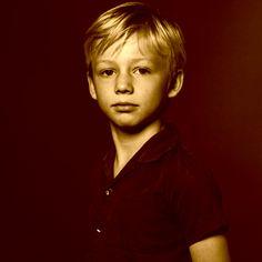 Bovenstaande foto is de laatste foto van William Peters en voor vrienden en familie Billy. Hij is op achtjarige leeftijd meegenomen en verkracht geweest door een seriemoordenaar. Later is hij ondanks vele zoekacties nooit meer terug ge vonden.