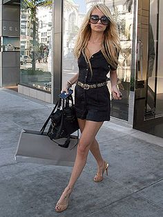 Would You Wear a Romper Like Nicole Richie? It's amazing how rompers have made their way back! Here is a pic of Nicole Ritchie rocking a romper in 2007 and she is looking fierce. Love the belt! Nicole Richie, Richie Rich, Vogue, Black Romper, Denim Romper, Black Shorts, Love Her Style, Look At You, Swagg